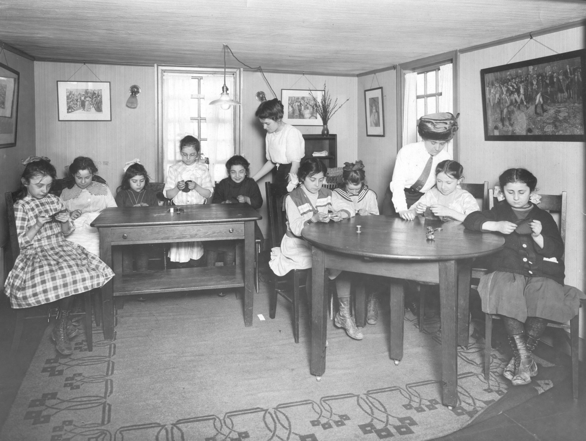 Old Photo of Children Learning How to Sew | House of 7 Gables Mission | Settlement Program