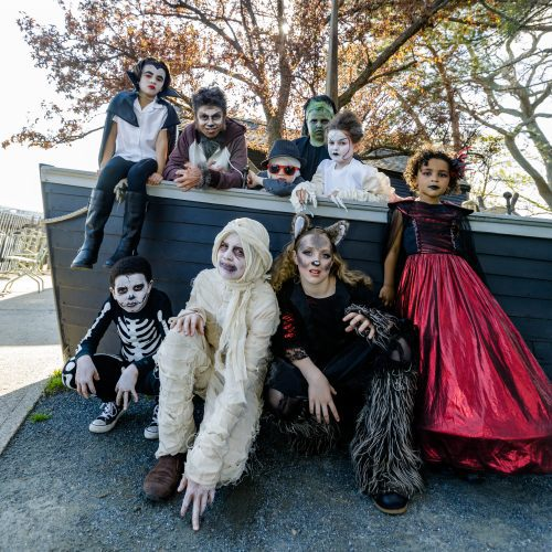 Little monsters visit The House of the Seven Gables
