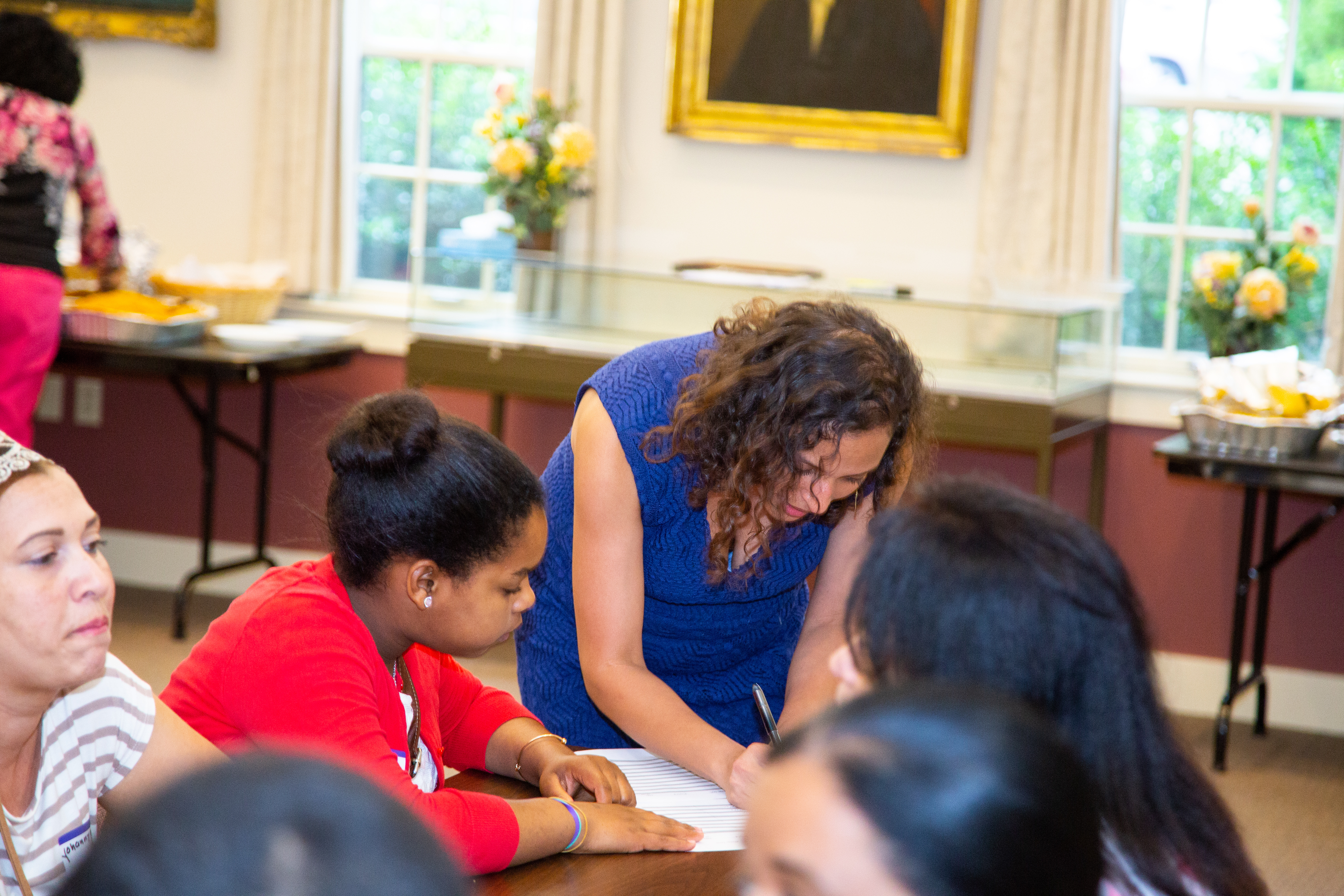 Adult ESL & Citizenship classes | clases de Ingles